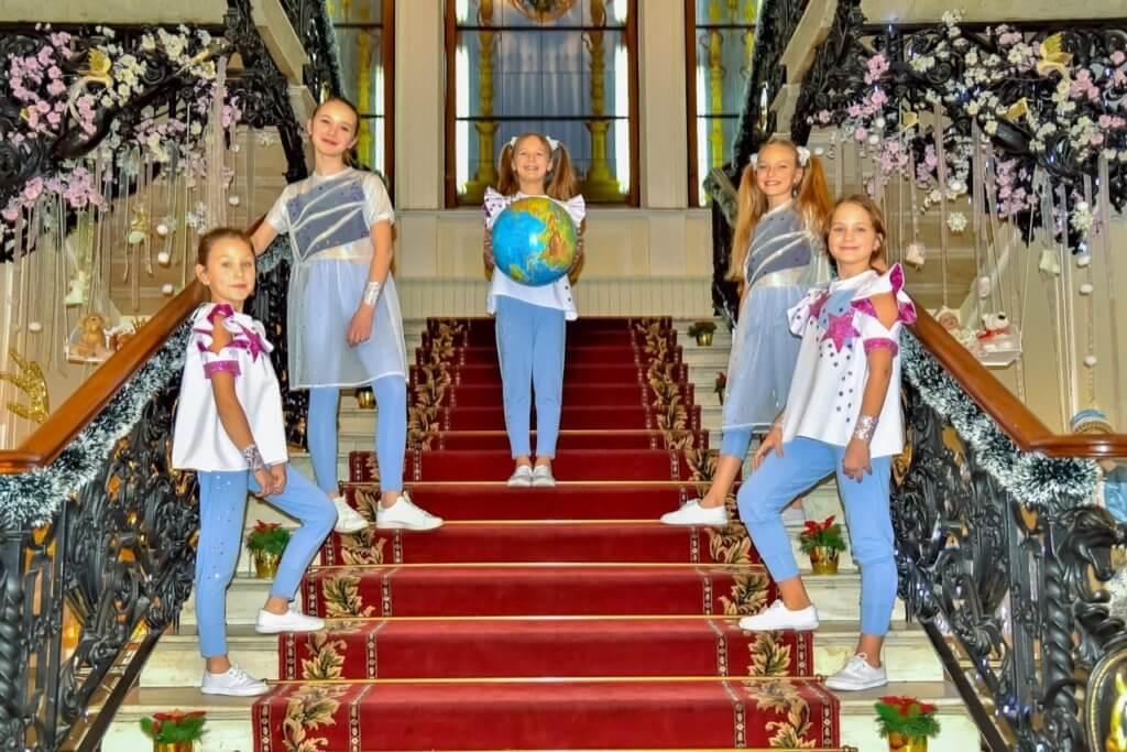 """Концерт во Дворце торжественной регистрации """" Малютка"""""""